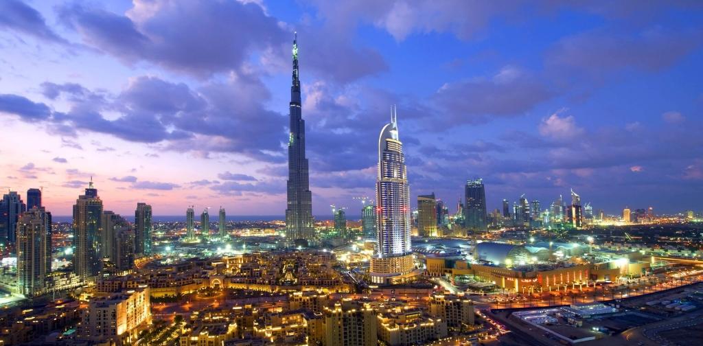 ドバイアラブ首長国連邦の風景-1600x2560