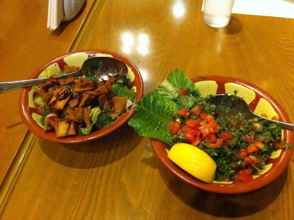 ドバイ(アラブ)に来たら必ず食べるおすすめサラダ